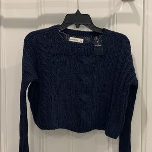 Navy blue Abercrombie cropped sweater